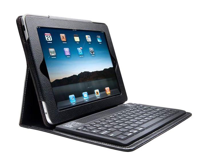 પેહલા iPad લે, પછી Keyboard વાળું Cover લગાવે!  ભ'ઈ, એના કરતા પેહ્લેથી Laptop લીધું હોય તો!!!