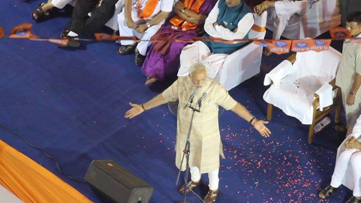 :: બોલતા પ્રધાનમંત્રી!!! ::  #Exclusive @ Dharnidhar Derasar
