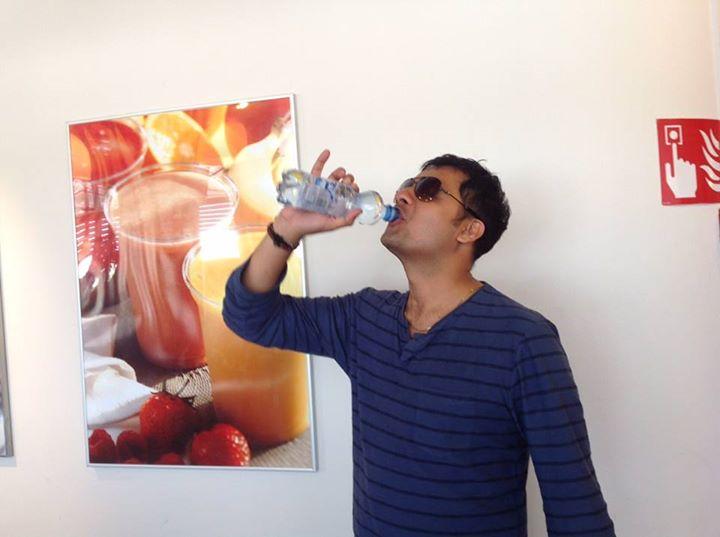 :: Bottleનું  પાણી પીને કંટાળ્યો યાર,  માટલાના પાણી જેવી તરસ ક્યાય ના છીપે ::    Returning Soon...