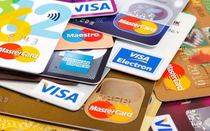 આ લગ્ન પ્રસંગોમાં ચાંદલા counter પર પણ Credit Card સ્વીકાર્ય હોવું જોઈએ...  શું કહેવું આપનું?