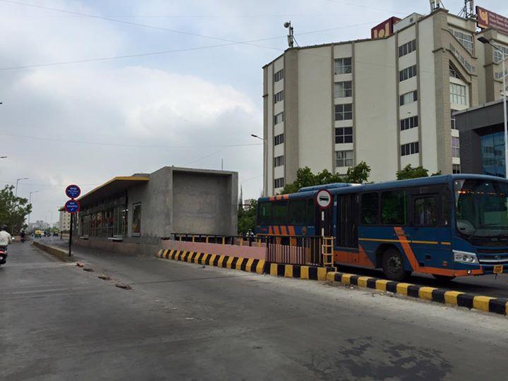 RJ Dhvanit,  BRTS
