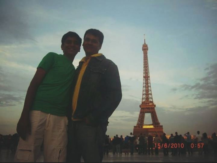 It's painful to see such a beautiful city of #Paris in grief rightnow.   This photo was clicked with my dear friend Aman in 2010.   May there be अमन (शांति) in Paris.  #PrayForParis #PrayForPeace #ParisAttacks