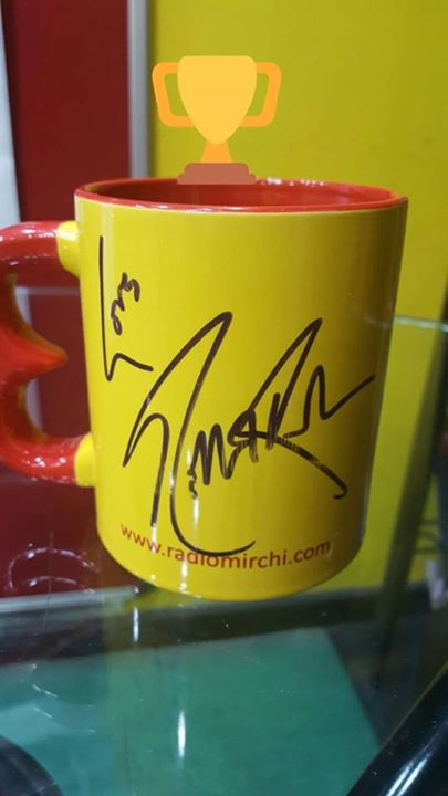 Tune in tomorrow morning, answer the Googly Contest question asked by #HrithikRoshan and win this #mirchi mug autographed by him.   Also find what all I gifted him, some songs we sang along and much more. Don't forget to tune in!  #mohenjodaro