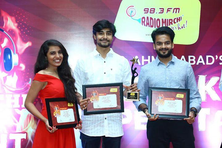 RJ Dhvanit,  swipeleft, rjhunt, rj, radiojockey, ahmedabad, radio, microphone, sunday, sundayfunday