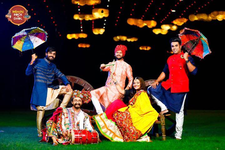 RJ Dhvanit, Best RJ in Gujarat, Radio Mirchi