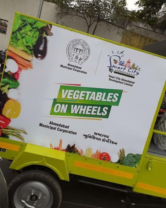 Vegetables on Wheels! Good job AMC!  CMO Gujarat Vijay Rupani Bijal Patel AMC-Amdavad Municipal Corporation Amul Bhatt Vijay Nehra IAS BJP Gujarat  #RjDhvanit #RadioMirchi #MirchiGujarati  Source: Harsh Danak