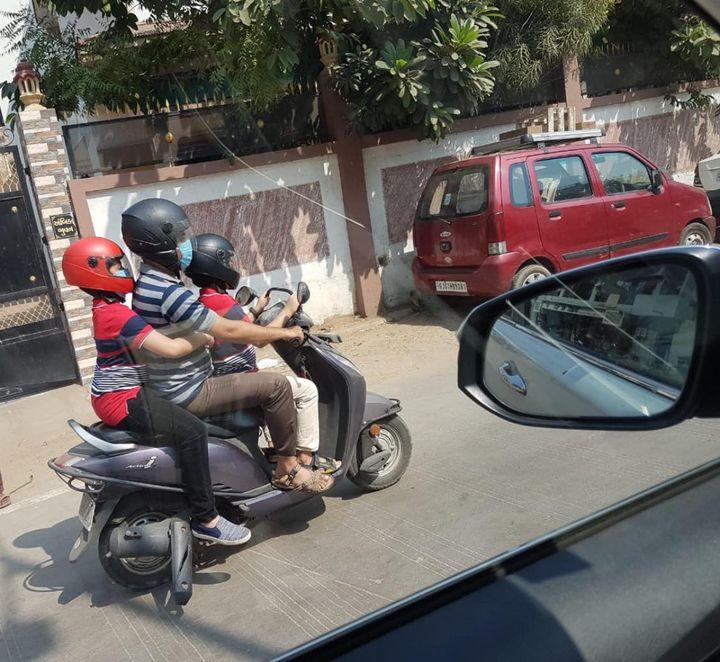 આ પરિવારને સો સલામ!   સર સલામત તો પગડી હજાર...   That's my first post as the Brand Ambassador/State Icon for Road Safety.   I am thankful to Gujarat Road Safety Authority for giving me this opportunity to spread awareness about Road Safety.