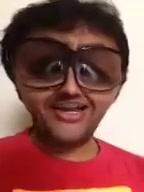 Funny Video!  જુઓ આ 'નકામો' Video!!   :: હું છું નકામો. અને આ છે મારો નકામો મુવી રીવ્યુ ::   #titli #mainaurcharles #guddukigun #nakamo