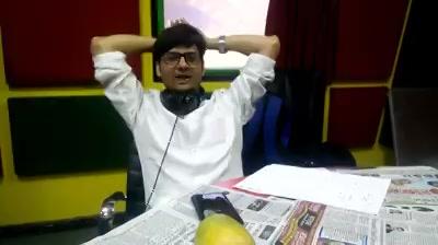 Aaj ka #googly sawaal!  #dhvanitnigoogly #sehwag #cv #resume Virendra Sehwang