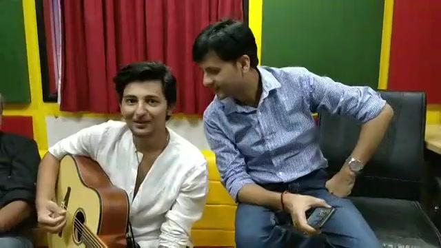 માછલીઓ ઉડે પતંગિયાઓ તરે !   Song launch of 'Vitamin She' sung by Darshan Raval Sanjay Raval   with Sanjay Raval   Lyricist Raeesh Maniar  Music composer Mehul Surati Bhakti Kubavat #darshanraval #vitaminshe #sanjayraval