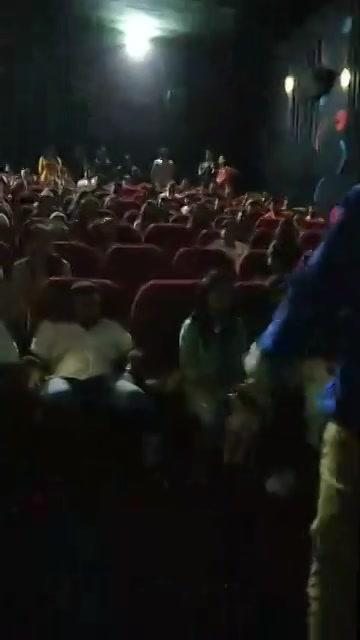 અબ જનતા બોલેગી - 10  Audience Reaction at city gold shyamal   Live Response for #VitaminShe   #MovieReview #gujaratifilm #incinemasnow