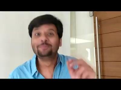 મેં ફોડ્યા ભીંત ભડાકા...   એ પણ Mirchi Office માં...   PopUp PopUp!  #diwali #diwali2017 #popup