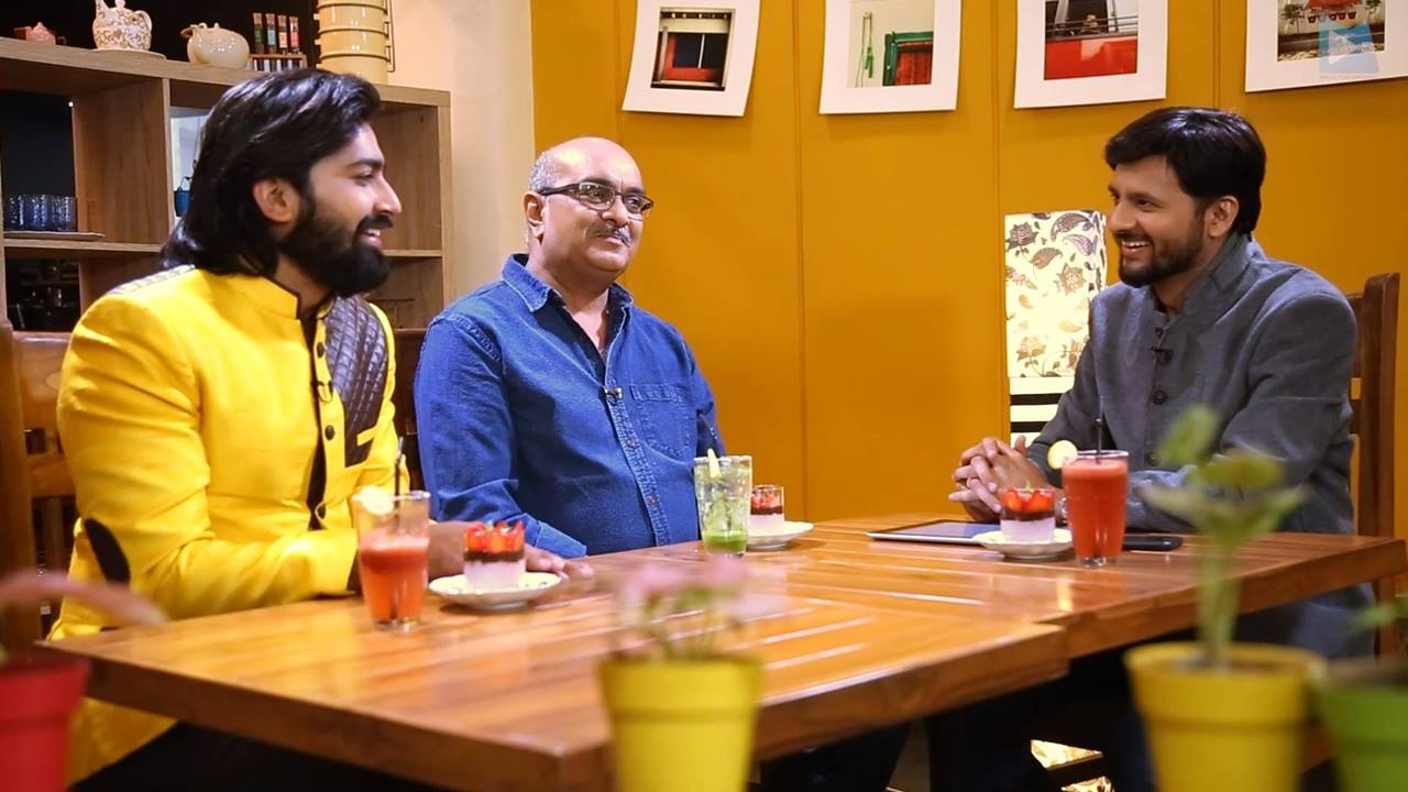 :: Unreleased part of #jalsapartywithdhvanit episode 1::  Did you know Malhar Thakar પાસે genie નામનું એક doggy છે?   Get all the inside information and fun right here in the uncut episode of #JalsaParty with Dhvanit!   #jalsaparty #jalsa #party #dhvanit #rjdhvanit #webseries #gujarati #siddhartranderia #malharthakar Gujjubhai The Great