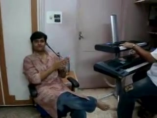 Exclusive video of Dhvanit doing voice check with music composer parth before recording the actual album. Thanks to parth for passing this video!! We can't wait to see more of Dhvanit in action. What say guys? How do you think his album will be?  courtesy : Parth -------------------------------- Uploaded By : Vishal