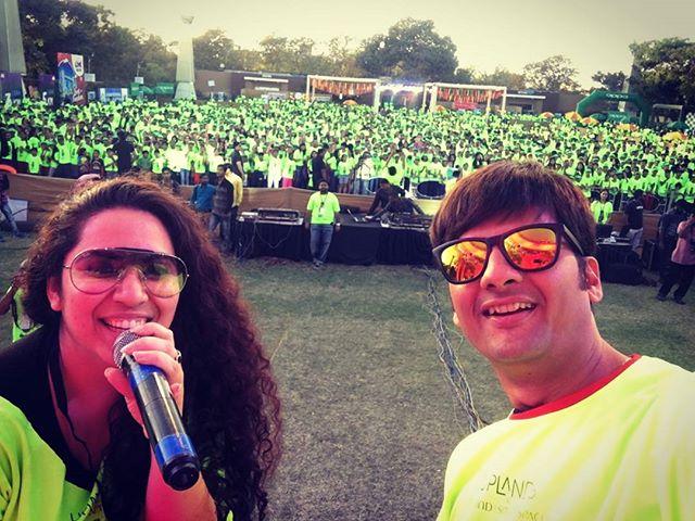 #mirchineonrun season 2 se #neon #selfie  #run #marathon #ahmedabad