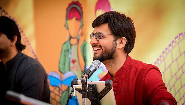 RJ Dhvanit,  photooftheday, glf, gujaratiliterature, gujlitfest, gujaratiliteraturefestival, picoftheday