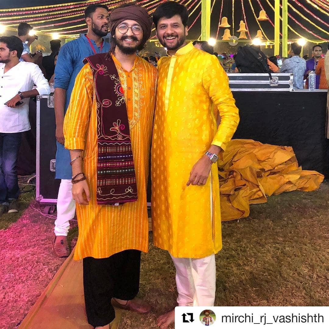 Bhai bhai! Twinning with ચકુ @mirchi_rj_vashishth  #ootn #aboutlastnight #navratri #navratri2018 #mirchirockndhol2018 #navratriready #mirchirockndhol