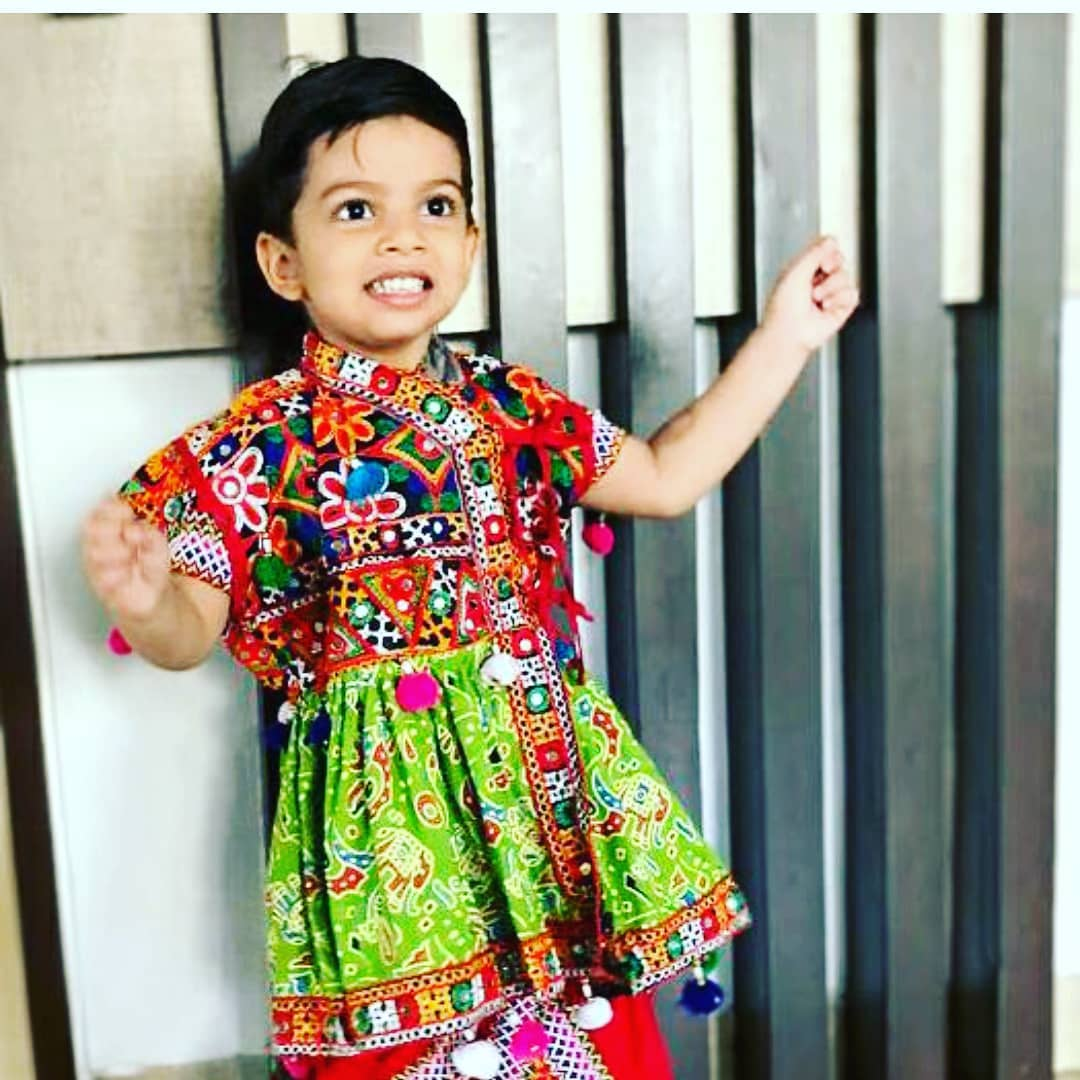 *Winners announcment* . . Insta Navratri Contest Day 7 . . . Silver coin by @zaveri.co goes to.. . . Best Dressed Child - @benitasurtimehta  @sharad_saps  @bhaveshudhani  Best Paghdi Gang - @grishmamodi45 . . Congratulations 💥 . . DM me your best Navratri pictures and win exciting prizes!
