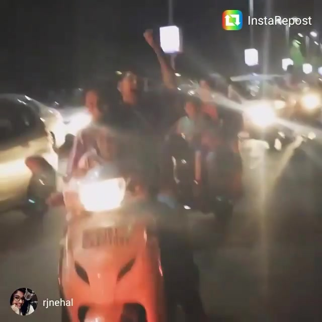 Post #indvspak game madness on IIM Road.  #repost #iloveamdavad #dhokelenge #wt20
