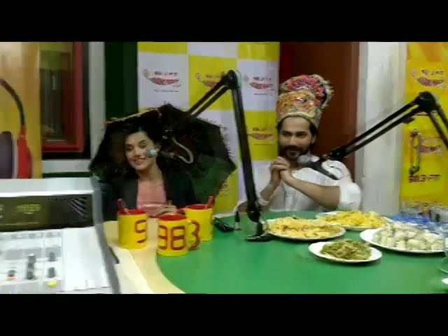 Khaman, sandwich dhokla and khandvi for @varundvn and @taapsee at mirchi studios  #navratri #navratri2017 #mirchirockndhol #food #gujjufood