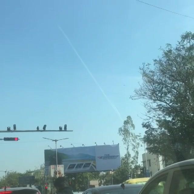 આવું તમારા આકાશમાં દેખાય? કેવું મસ્ત લાગે છે!