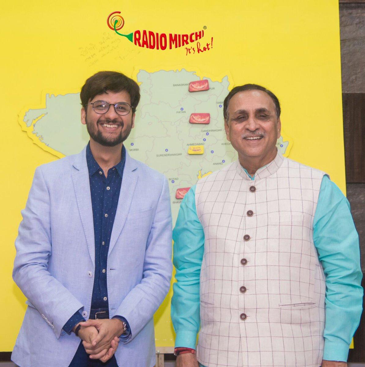 Honorable CM @vijayrupanibjp launching the new mirchi stations of Gujarat! @RadioMirchi #mirchi923bharuch #bharuchkhushhua #mirchi #radio #radiomirchi #bharuch #gujarat #cm #chiefMinister #VijayRupani https://t.co/BZOPJ4H9EL
