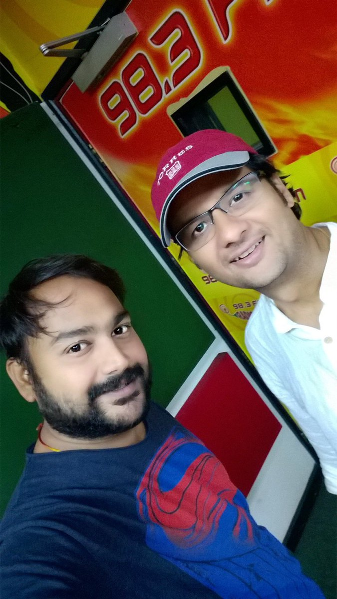 RT @thedesisuperman: Heartiest congratulations to @RjDhvanit & team for the huge success of their movie #vitaminshe. https://t.co/wBp6SuzLkA