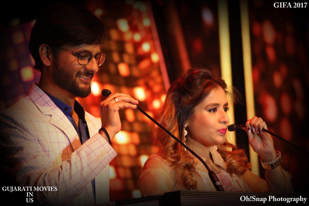 Dual hosting with @Aishwarya_TM at #GIFA  #gujaratifilm #awards #host https://t.co/DFTNUdPoIU