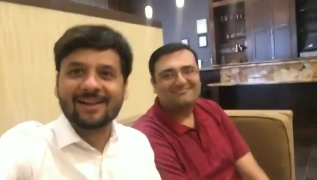 First breakfast in Washington DC with a gujarati and offcourse khakhra and #jalsaparty #swiperight for full video  #travel #traveldiaries #travelgram #US #USdairies #washington #washingtondc #khakhra #jalsapartywithdhvanit #food #gujju #gujarat #gujarati https://t.co/XdlB8vbY7h